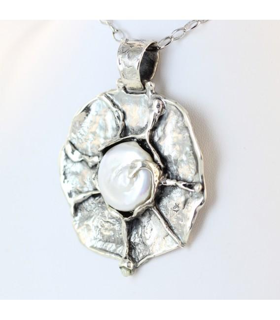 Colgante artesanal con perla barroca 0786